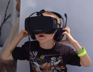 boy_wearing_oculus_rift_hmd-300x231